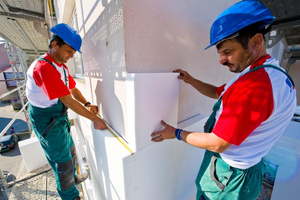 Zateplení se v ČR dočkala i řada panelových domů, jejichž vzhled tak výrazně prokoukl, foto: Sdružení EPS ČR