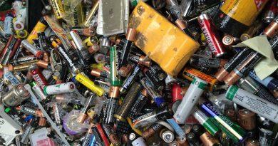 Netříděné baterie ve sběrném systému REMA Systém