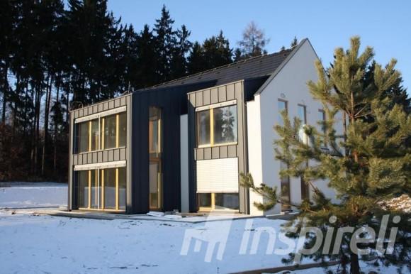 Moderní rodinné domy už jsou stavěny v příšných energetických standardech, foto: www.inspireli.cz