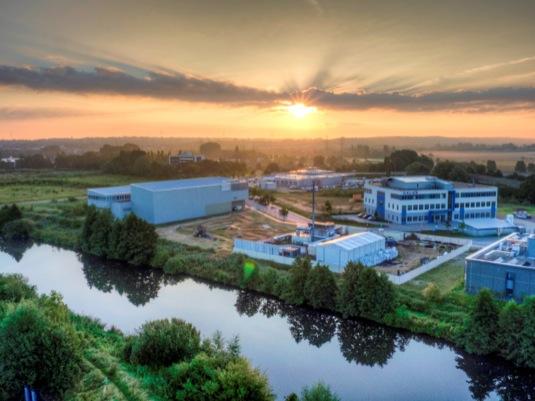 Vzestup obnovitelných zdrojů energie a současně útlum tradičních elektráren vsobě skrývá řadu úskalí. Tím hlavním je skladování přebytečné energie. foto: Siemens
