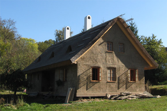 Slaměnka - vítězná dřevostavba Lukáše Čejny, foto: E.On