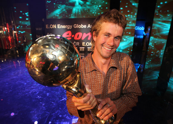 Lukáš Čejna, stavitel Slaměnky, na vítězném večeru Energy Globe Awards, foto: E.ON