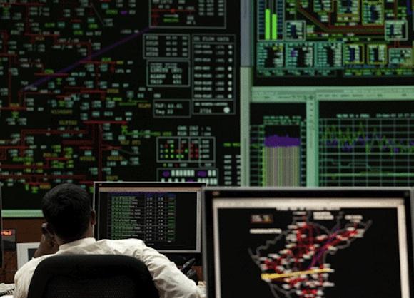 Magnetická rezonance pro rozvodnou síť, novinka z dílny GE. Jedná se o síť inteligentních senzorů, která shromažďuje data k přenosu a distribuci energie. foto: GE