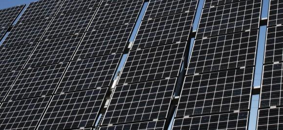 Solární elektrárny se stávají klíčovou součástí energetické koncepce Evropy, foto: sykicktb/sxc.hu