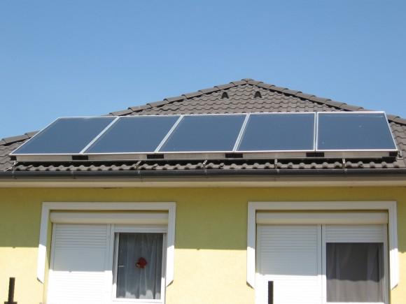 Solární ohřev vody je např. v Izraeli využíván většinou domácností. Prosadí se i v Indii? foto: attilio_82/sxc.hu