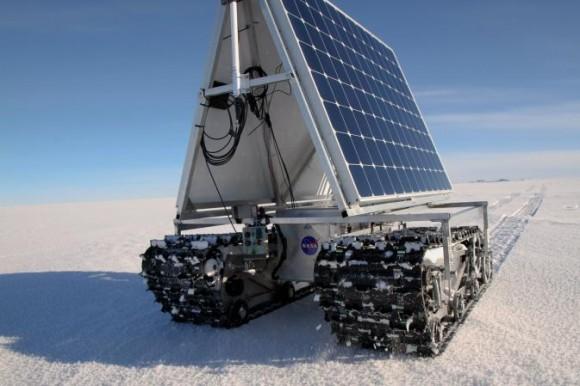 Solární robot na elektřinu - NASA jej testuje v extrémních podmínkách Grónska. foto: NASA Goddard/Matt Radcliff