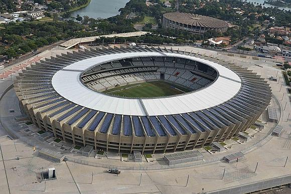 Stadion Mineirão pro 62 000 fanoušků ve městě Belo Horizonte; foto: Luan S.R., licence Creative Commons Attribution-Share Alike 3.0 Unported