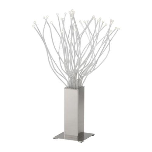 Stolní LED lampa Stranne. Jeden z mnoha typů LED osvětlení v nabídce IKEA. foto: IKEA