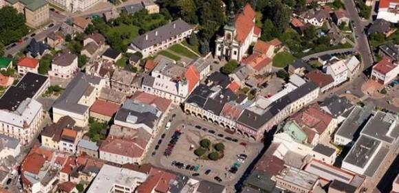 Letecký pohled na východočeské město Ústí nad Orlicí, foto: ustinadorlici.cz