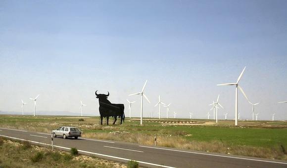 Větrná farma ve Španělsku, autor: Cgoodwin, licence Creative Commons