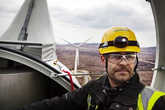 Pozemní větrná elektrárna Siemens na větrné farmě Farr ve Skotsku, foto: Siemens