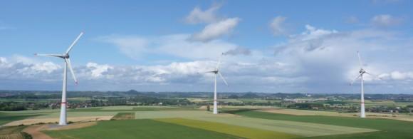 Současný trend rozvoje  v zásadě umožňuje pokrýt spotřebu energií komplexně z obnovitelných zdrojů. Zdroj: windvision.com