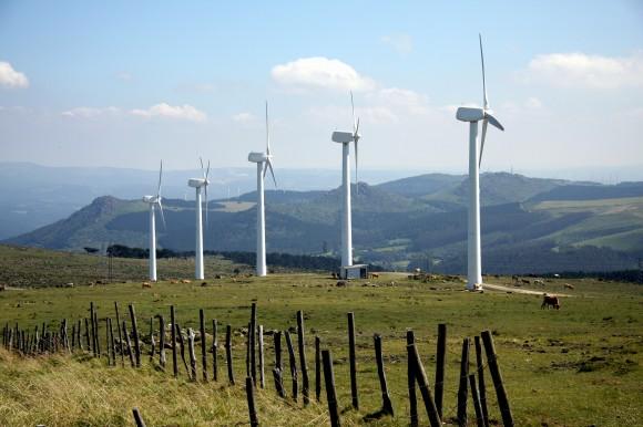 Větrné elektrárny v přírodním parku A Capela, Coruña, Galicie, Španělsko, Evropská unie, Evropa. foto: saavem/sxc.hu