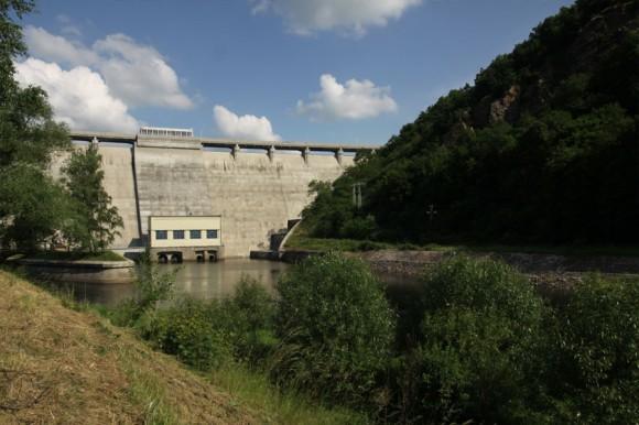 Vodní elektrárna Vranov v České republice. Vodní elektrárny jsou u nás primárním zdrojem obnovitelné energie. foto: Návštěvnické centrum - Elektrárna Vranov na Dyjí