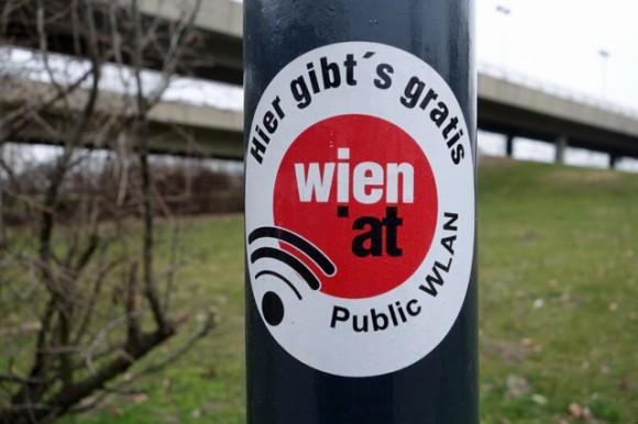 Moderní město - to je efektivní energetická infrastruktura, skvělá hromadná doprava, spousta zeleně, prostor pro cyklisty a chodce, ale také všudypřítomné wi-fi. foto: wien.gv.at