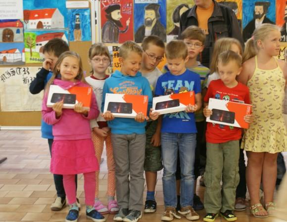 Děti ze škol pomohly sesbírat dvě tuny elektroodpadu. foto: REMA