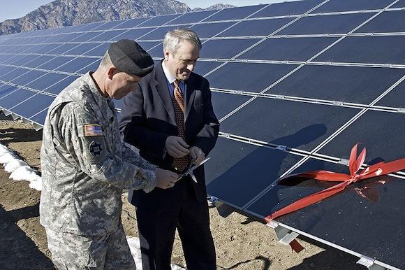 americká armáda solární elektrárna