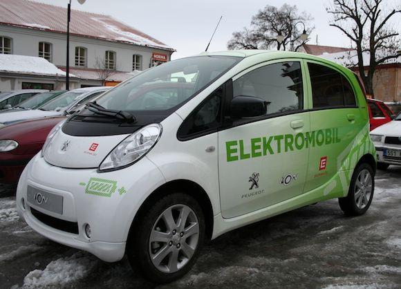 elektrická auta test elektromobilu Peugeot iOn