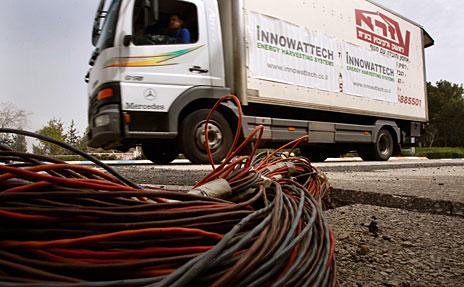Silnice vyrábějící elektrickou energii