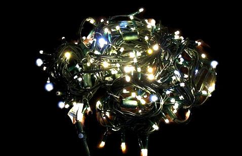 LED osvětlení na stromeček