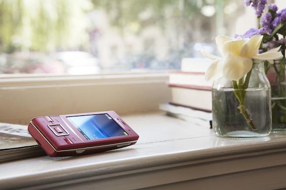 mobilní telefony - Sony Ericsson - Hazel