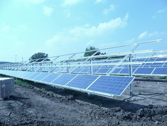 solární elektrárny Hrušovany ČEZ