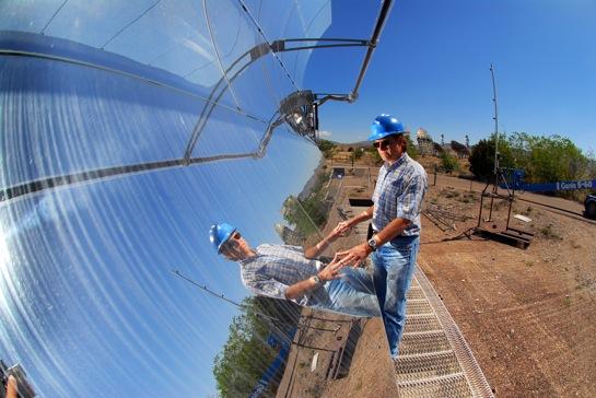Parabolická zrcadla pro solární termální elektrárnu
