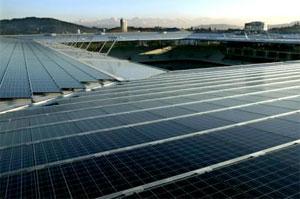 Solární panely na stadionu v Bernu