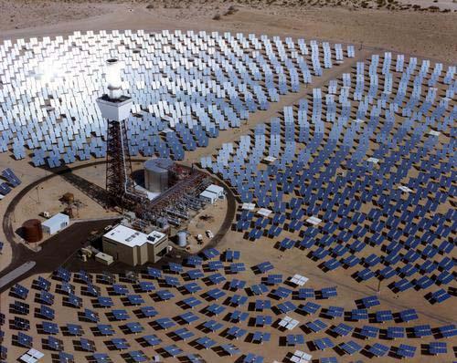 Španělsko - koncentrační solární elektrárna