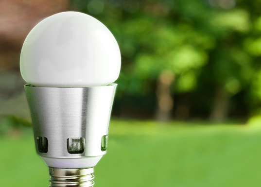 úsporná žárovka Pharox 60 LED