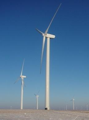 větrná energie - turbíny v zimě